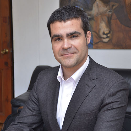Mario Valencia M.